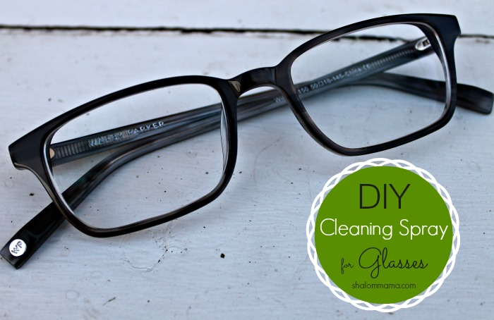 DIY Cleaning Spray for Glasses